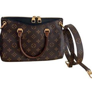 Louis Vuitton Monogram Leather Pallas BB